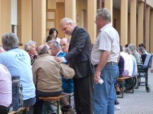Alba una bella festa per gli ospiti dell istituto cottolengo maurizio marello sindaco di alba - Casa di cura san maurizio canavese ...