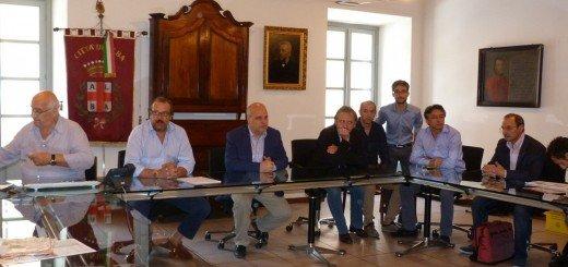 Alba: il Sindaco Maurizio Marello ha accolto in Comune l'incontro tra le organizzazioni sindacali della Roto Alba e la proprietà Guido Veneziani Editore