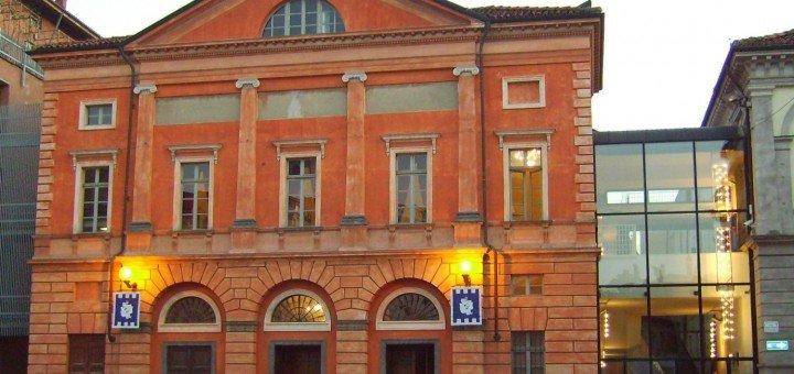Teatro sociale «Giorgio Busca» di Alba: sabato 20 settembre 2014, ore 11 presentazione della stagione teatrale 2014/2015